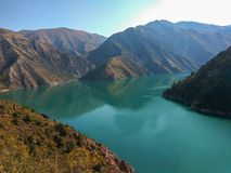 Beautiful mountain lake Karasuu. Mountains, lake, highland Royalty Free Stock Photo
