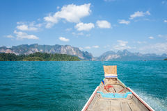 Beautiful mountain lake in Khao Sok national park Royalty Free Stock Photos