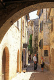 Beautiful narrow street with old houses in Saint Paul de Vence, Royalty Free Stock Photography
