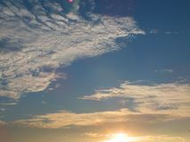 Beautiful sky in the evening, floating clouds, cool white When the sun is going to hide the horizon. Beautiful natural skies, floating clouds In the morning royalty free stock photo