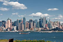 Beautiful new york cityscape over the hudson Royalty Free Stock Images