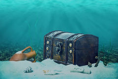 Beautiful Opened Empty Old Wooden Treasure Chest Submerged Under Royalty Free Stock Photos