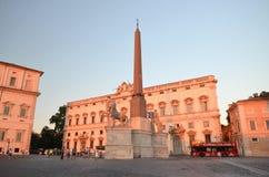 Beautiful Piazza del Quirinale en luz de la puesta del sol en Roma, Italia fotos de archivo libres de regalías