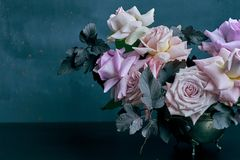 Free Beautiful Pink Rose Bouquet On Black Table With Space For Text Stock Photos - 109412213