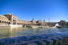 Beautiful Plaza DE España van Sevilla stock foto's