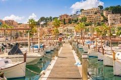 Beautiful Port de Soller en Mallorca imagen de archivo