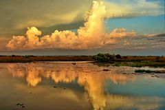 Beautiful reflection of the cloud Royalty Free Stock Photography