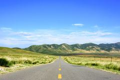 The beautiful scenery on the highway on the Qinghai - Tibet plateau Stock Image