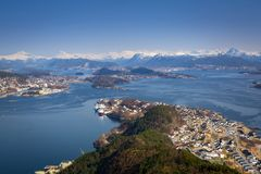 Beautiful scenery of west Norway. Coastline from the Sukkertoppen hill (Sugar Loaf Top&#x29 Royalty Free Stock Photography