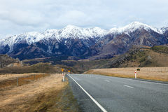 Beautiful scenic mountain view and asphalt ways in arthur pass n Stock Image