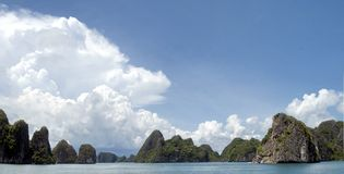 Beautiful sea gulf Ha long bay, Vietnam Stock Photos
