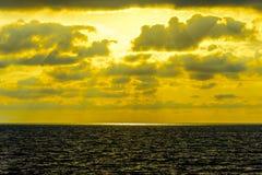 Seascape cloudscape landscape sunrise shot Royalty Free Stock Photos