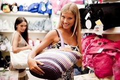 Beautiful shopping girls Royalty Free Stock Images