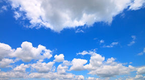 Beautiful sky with clouds  in spring Royalty Free Stock Photos