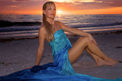 Beautiful smiling woman at sunset Royalty Free Stock Photography