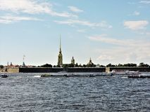 View of summer Saint-Petersburg: river, ships and fortress! royalty free stock photos