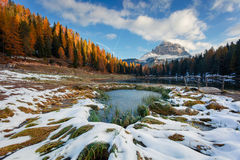 Beautiful sunny scene on Antorno lake with Tre Cime di Lavaredo Royalty Free Stock Photos