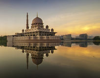 Beautiful Sunrise At Putra Mosque Royalty Free Stock Photography