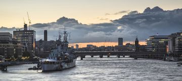 Beautiful sunset landscape image of view along River Thames in L Royalty Free Stock Photos
