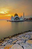 The beautiful of sunset and mosque scenery Royalty Free Stock Photography