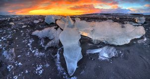 Beautiful sunset over famous Diamond beach, Iceland stock images