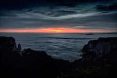 Beautiful sunset over mountain peaks Royalty Free Stock Photography