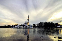 Beautiful sunset and reflection of floating Mosque Royalty Free Stock Photos