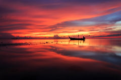 Beautiful sunset and reflection of sea at Samui island Royalty Free Stock Photos