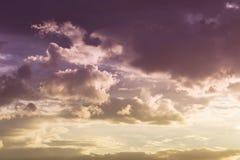 Beautiful sunset sky and glowing cloud, twilight sky before rain Royalty Free Stock Photos