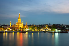 The beautiful temple along the Chao Phraya river Royalty Free Stock Photography