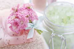 Beautiful tiny bouquet of pink kalanchoe blossfeldiana flowers Royalty Free Stock Images