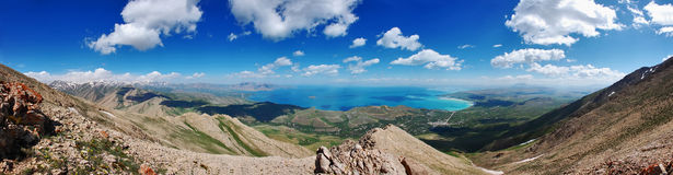 A beautiful view of lake at the summit of mountain Stock Photos