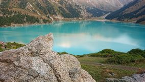 Beautiful view of the mountain lake of heavenly color. royalty free stock photos
