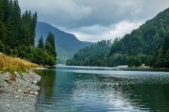 Beautiful view of a mountain lake Royalty Free Stock Images