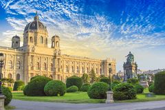 Beautiful view of the Museum of Art History and the bronze monument of the Empress Maria Theresa in Vienna, Austria. On a sunny day stock photo