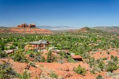 Free Beautiful View Of The Town Of Sedona And Red Rock Desert In Arizona, USA Royalty Free Stock Photography - 190895777