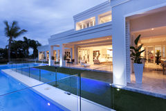 Beautiful villa with a pool Royalty Free Stock Images