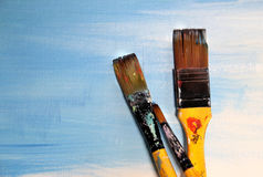Art palette and paintbrushes Royalty Free Stock Photos