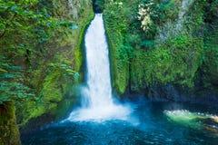 Beautiful Waterfall Royalty Free Stock Photos