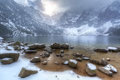 Eye of the Sea lake in Tatra mountains at winter Stock Photos