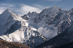 Beautiful winter scenery of the great snowy mountain peaks Royalty Free Stock Images