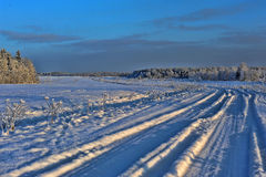 Beautiful winter snowy road Royalty Free Stock Photos