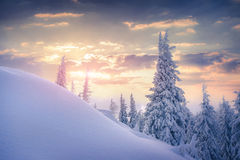 Beautiful winter sunrise in the mountains. Royalty Free Stock Photos