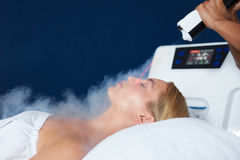 Free Beautiful Woman Getting Local Cryotherapy Therapy Stock Photo - 70781460