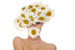 Beautiful woman in the hat of daisies Royalty Free Stock Photos