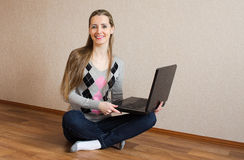 The beautiful  woman with the laptop Royalty Free Stock Photos