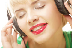 Beautiful woman listen to the music Royalty Free Stock Photo