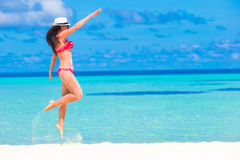 Beautiful woman relaxing at white sand tropical Royalty Free Stock Photos
