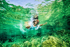 Beautiful woman in the sea Royalty Free Stock Photos