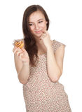 Beautiful woman with tasty cake Royalty Free Stock Photography